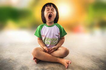 作息混亂、睡眠不足容易影響孩子的專注力
